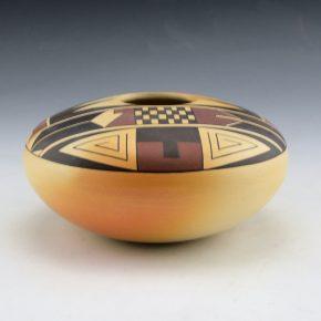 Sahneyah, Madeline – Bowl with Bird Wing Design (1990)