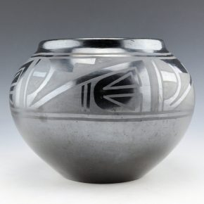 Martinez, Maria – Jar with Rain and Lightning Designs (1930's)