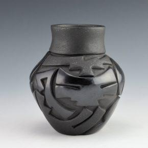 Diaz, Tina – Black Jar with Dragonfly Design