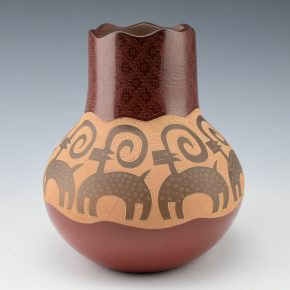Naranjo, Jody – Jar with Bighorn Sheep (2005)