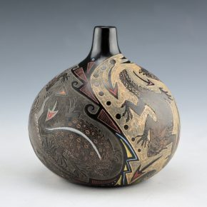 Tafoya, Jennifer – Jar with Eight Horned Lizards