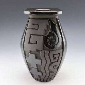 Begay, Daniel – Square Jar with Bears and Stars