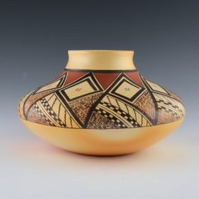 Nampeyo, James Garcia – Jar with Spiral Design