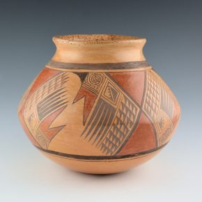 Hooee, Daisy Nampeyo – Jar with Bird Wing and Geometric Designs
