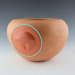 Tse-Pe, Dora – Large Bowl with Three Bear Medallions (1986)