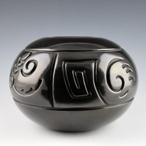Tafoya-Sanchez, Linda – Bowl with Four Designs