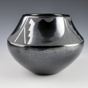 "Martinez, Maria – Jar with Rain Designs (1920's), ""Marie"""