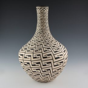 Chino, Marie Z. – Long Neck Jar with Bird Wing Design (1970's)