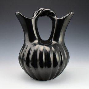Shupla, Helen – Wedding Vase with 21 Melon Ribs (1970's)