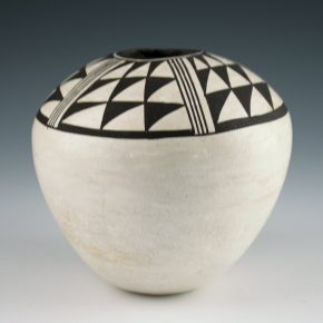 Lewis, Lucy – Seedpot with Bird Wing Designs (1970's)